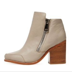 Sol Sana Women's Brooke Boot in Dove Gray